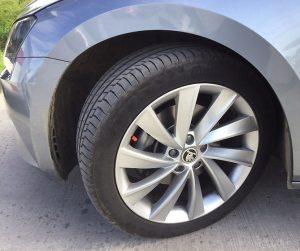Test pneumatík PremiumContact 6 bežnými vodičmi