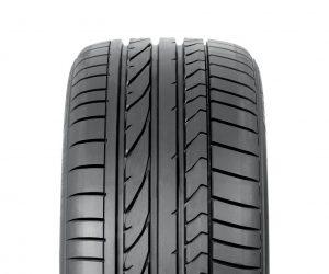 Bridgestone dodáva prémiové pneumatiky pre nové Porsche Cayenne