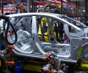 Bez koordinovanej podpory vlády nie je možný ďalších rozvoj automobilového priemyslu