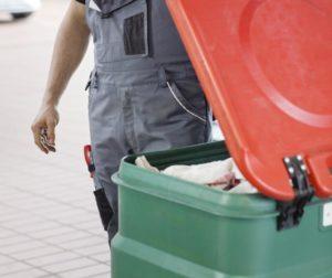 MEWA čistiace utierky pre prevádzky s motorovými vozidlami