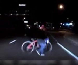 Video zo smrteľnej nehody autonómneho vozidla