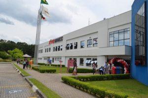 KYB přebírá kompletní vlastnictví nad továrnou KMB v Brazílii