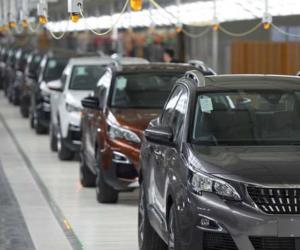 Renault a PSA navyšovali ceny náhradných dielov