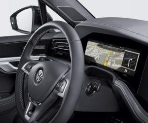 Bosch prináša prvý zakrivený prístrojový panel