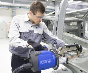 Car-O-Liner uvádza plne automatickú bodovú zváračku CTR 9