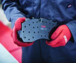 Kvalita je dôležitá – brzdové doštičky TRW Proequip pre nákladné vozidlá