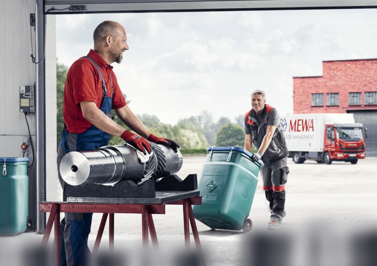 MEWA: Správne skladovanie a preprava znečisteného čistiaceho materiálu