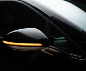 Dynamické smerové svetlá Osram LEDriving integrované do vonkajších spätných zrkadiel