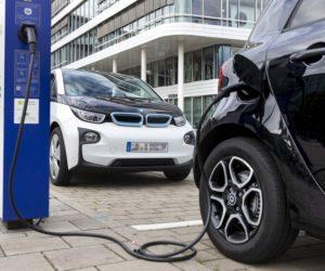 Bosch predlžuje životnosť batérií do elektromobilov