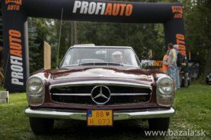 Návštevníci se tento rok môžu tešiť na automobilové skvosty značiek ako Aero, Jaguar, Volvo, Mercedes-Benz.