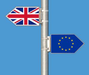 """Lídri európskeho automobilového priemyslu sa spájajú, aby povedali """"nie"""" brexitu """"bez dohody"""""""