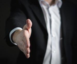 7 typů obchodních zástupců, které můžete potkat v autoservisu
