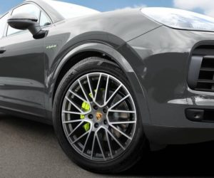 Hankook dodáva vysoko výkonné pneumatiky pre Porsche Cayenne