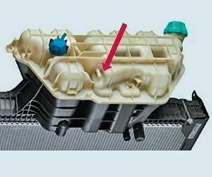 Proč mají některé chladiče vody pro vozy MAN vývody navíc?