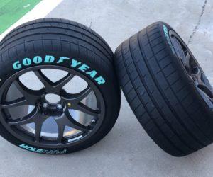 Goodyear vyvinul závodní pneumatiky Eagle F1 SuperSport pro Pure ETCR