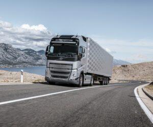 Volvo FH se systémem I-Save dosahuje ještě vyšší účinnosti a dokáže ušetřit až deset procent paliva