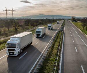 Bosch: Virtuálny spolujazdec pre väčšiu bezpečnosť v premávke nákladných vozidiel