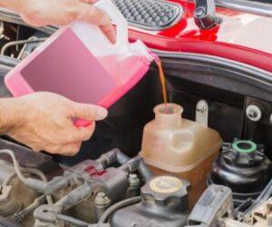 Opravdu potřebuje automobil nemrznoucí kapalinu?