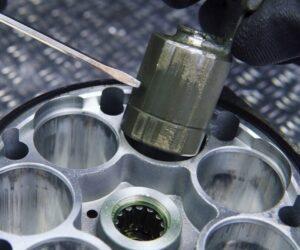Vadný expanzní ventil (TXV): Dopad na výkon klima okruhu a životnost kompresoru